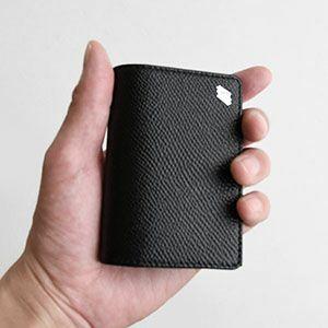 ナリフリ(財布)